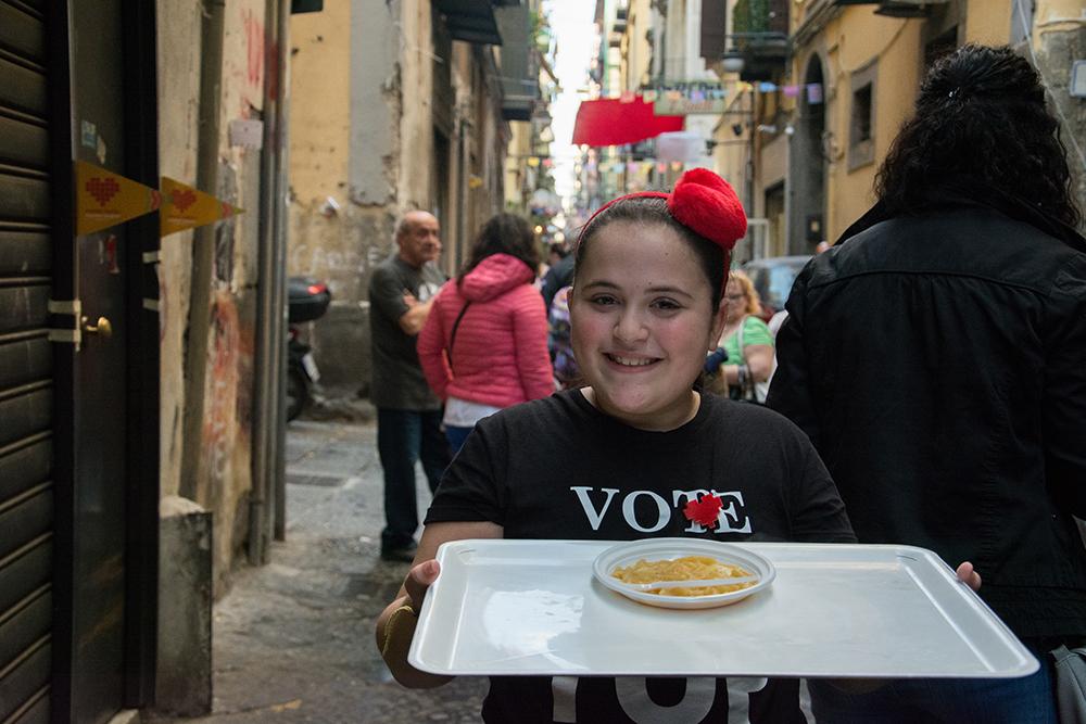 Alessandra e la Pasta e Patate che cammina
